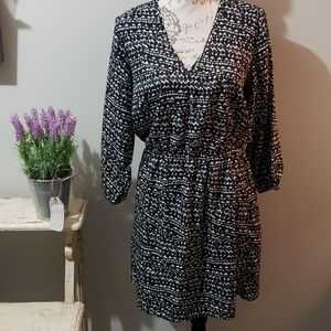 Black & white heart print flowy dress 10